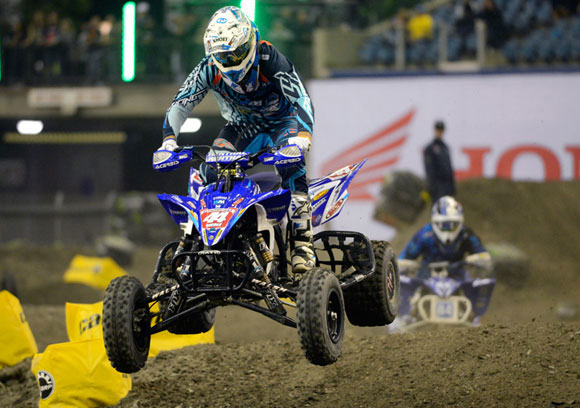 Chad Wienen and Thomas Brown do battle at Montreal Supercross