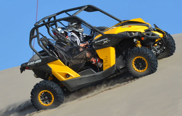 2013 Can-Am Maverick 1000 X rs Action Dune