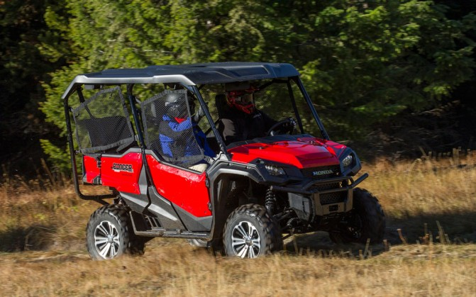 2016 Honda Pioneer 1000 Action Front Left