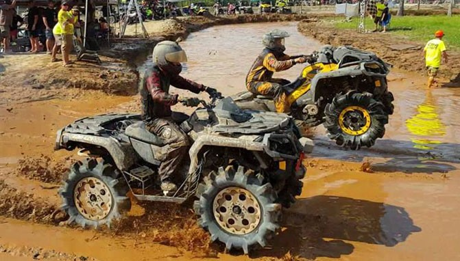 Casey McGinnis and Bill Ford Mud Racing