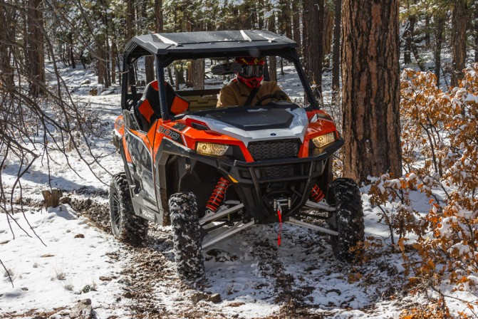 2016 Polaris General 1000 EPS Deluxe Action 2