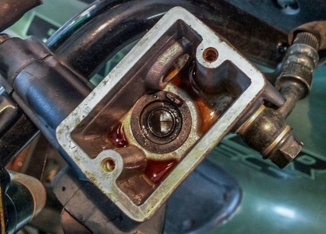 1 Corroded Master Cylinder