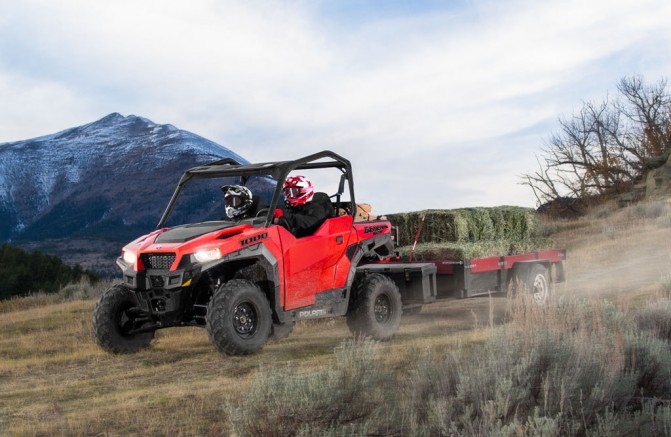 2016 Polaris General Indy Red Towing