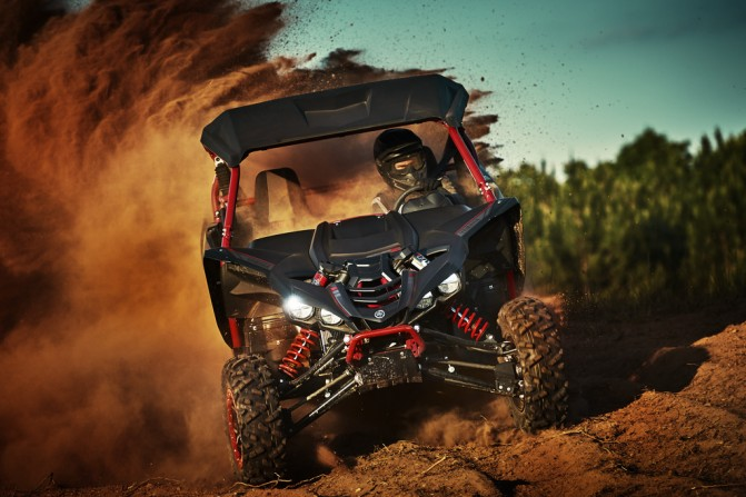 2017 Yamaha YXZ1000R SS Special Edition Action