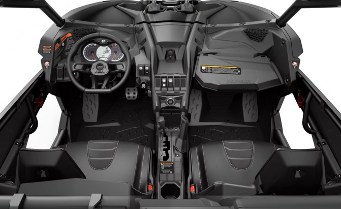 2017 Can-Am Maverick X3 Cockpit