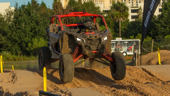 2017 Can-Am Maverick X3 rs Turbo R Front