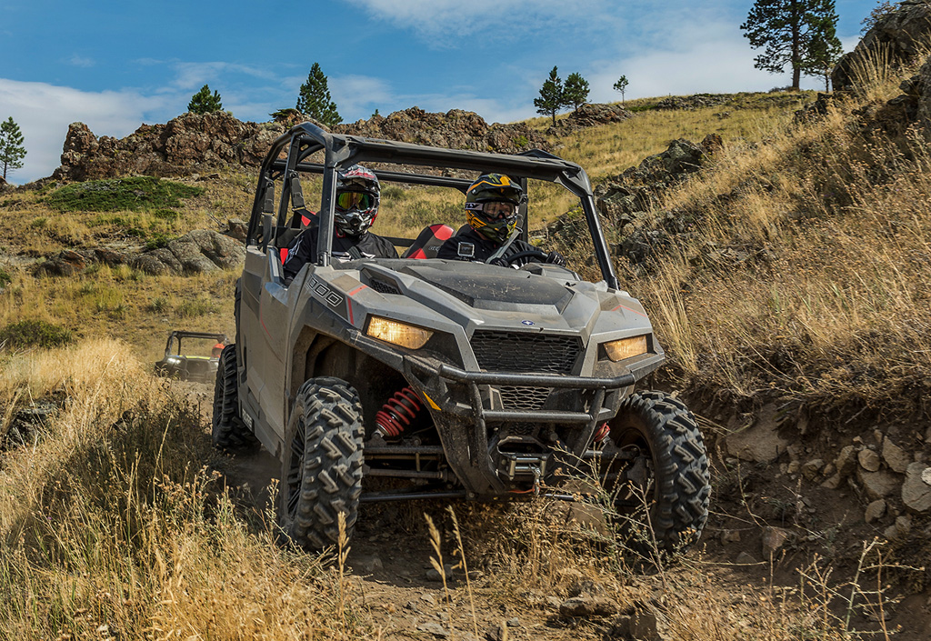 2017 Polaris General 4 Action Front