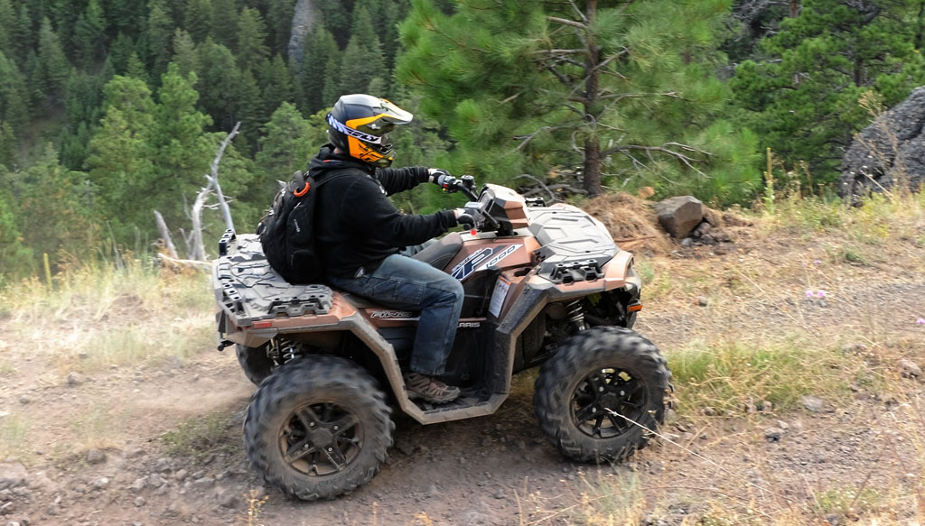 2017 Polaris Sportsman XP 1000 Action 3