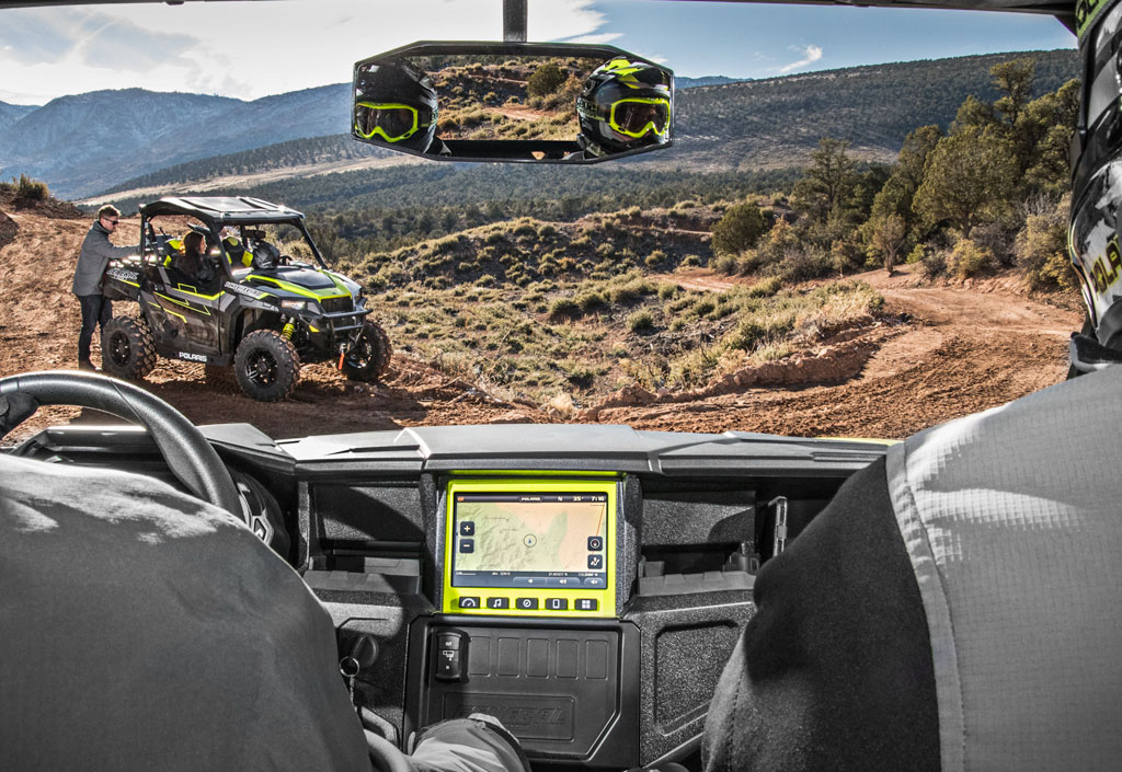 2017 Polaris General 1000 EPS Ride Command Cockpit