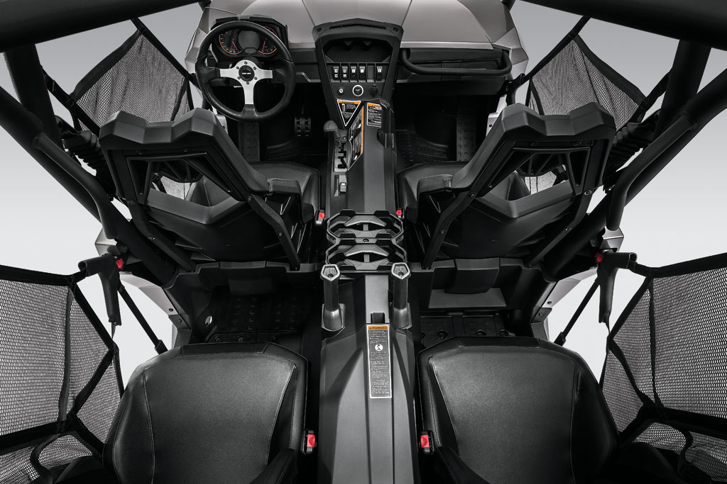 Can-Am Commander MAX XT Interior