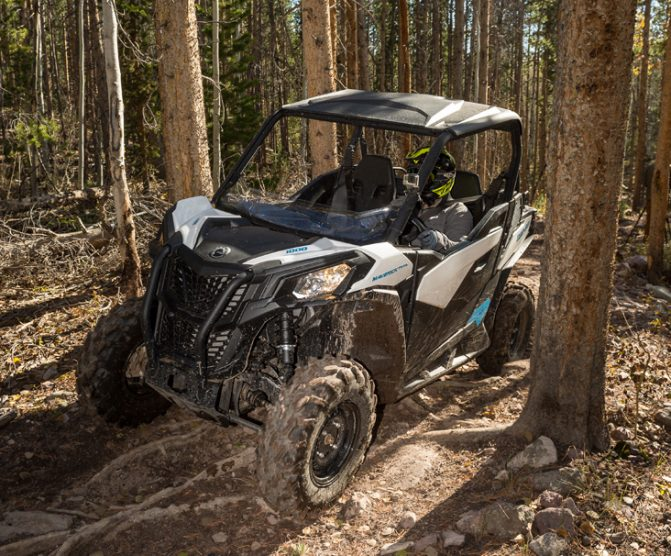 2018 Can-Am Maverick Trail 1000 Action 5