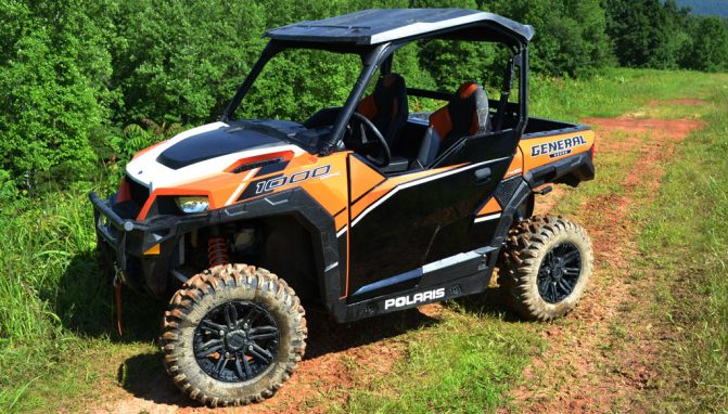 2017 Polaris General Deluxe Beauty