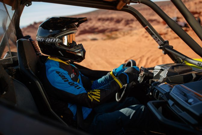 2019 Can-Am Maverick Sport DPS 1000R Cockpit