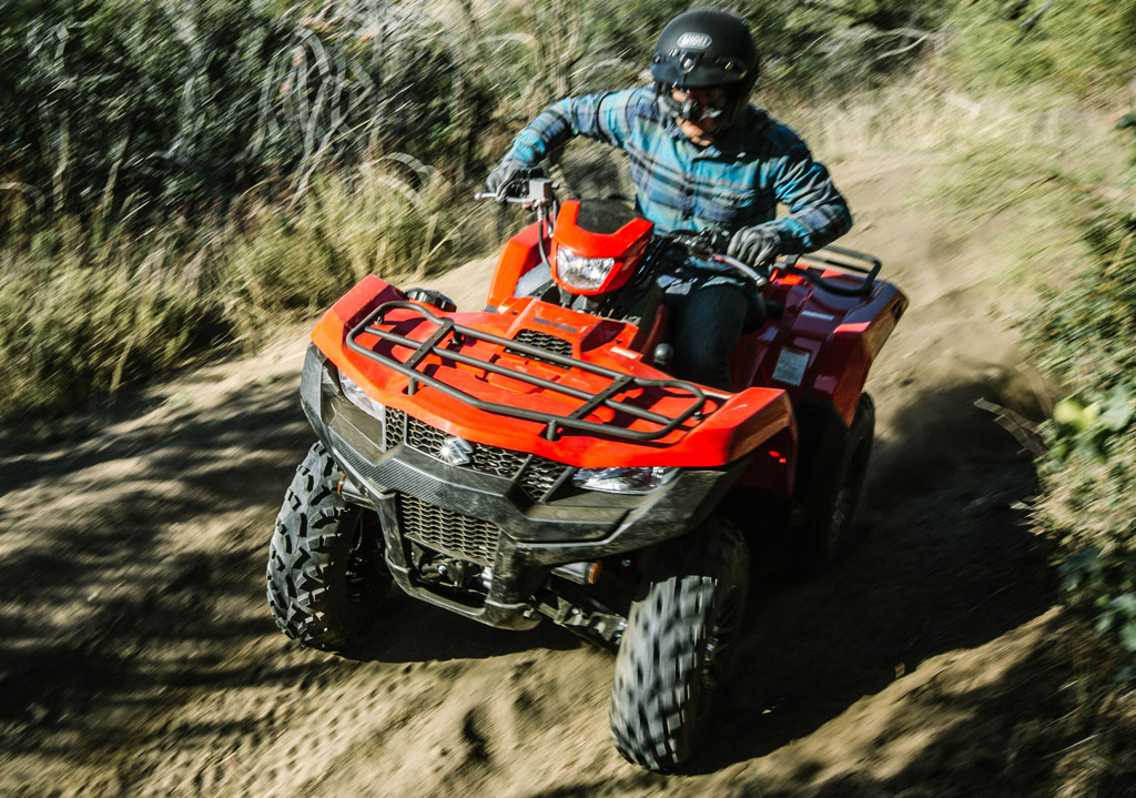 2019 Suzuki KingQuad 750 AXi EPS vs  Yamaha Grizzly EPS: By the