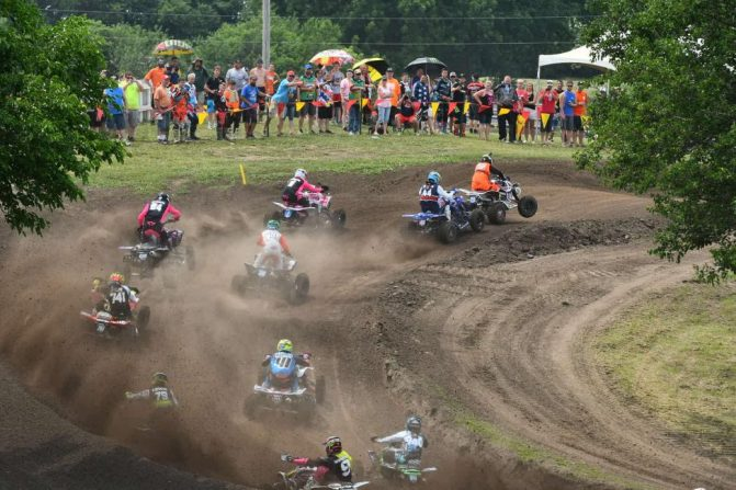 Sunset Ridge MX Holeshot