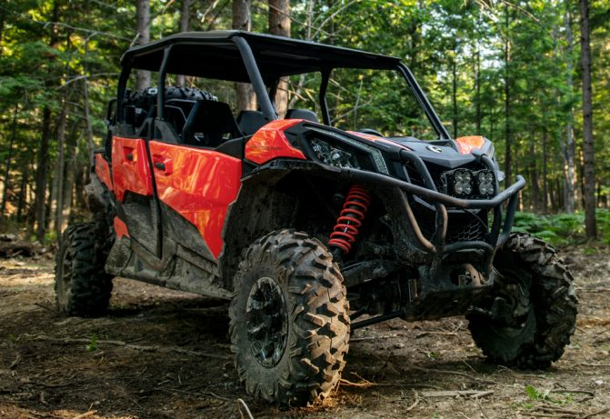 2019 Can-Am Maverick Sport MAX DPS Front