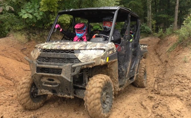 2019 Polaris Ranger Crew XP 1000 Action