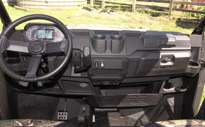 2019 Polaris Ranger Crew XP 1000 Cockpit