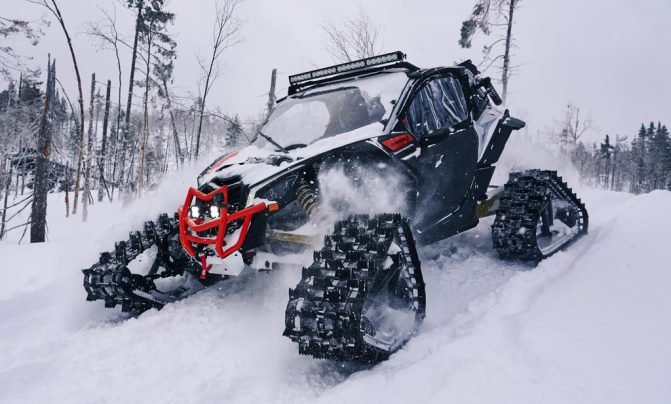 Can-Am Apache Backcountry 01