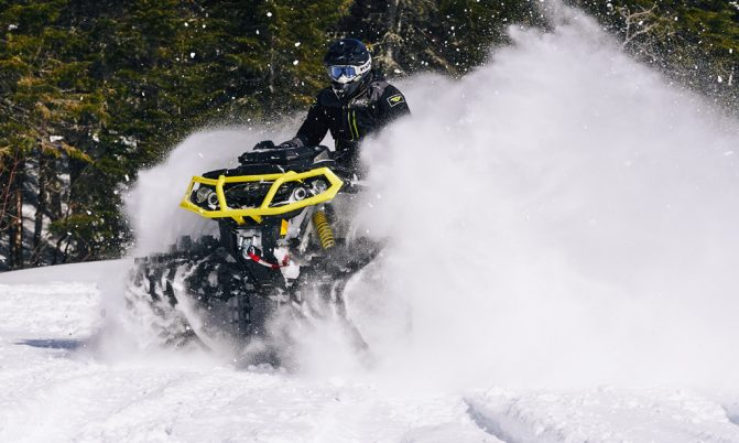 Can-Am Apache Backcountry 09