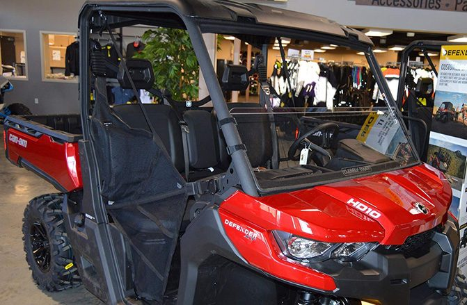 Can-Am Defender Windshield