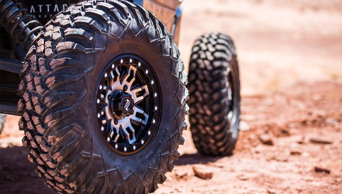 MAXXIS Carnivore Radial Tire 32x10-14 for Bombardier ATVs