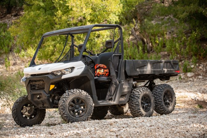 2020 Can-Am Defender 6x6 6x6