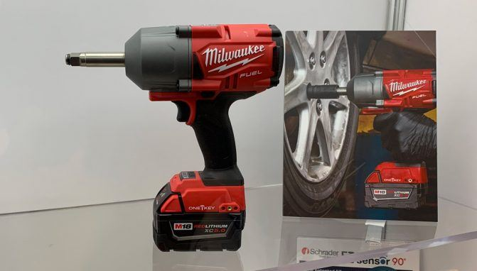 "Milwaukee Tool M18 Fuel 1/2"" Extension Anvil Controlled Torque Impact Wrench with One-Key"