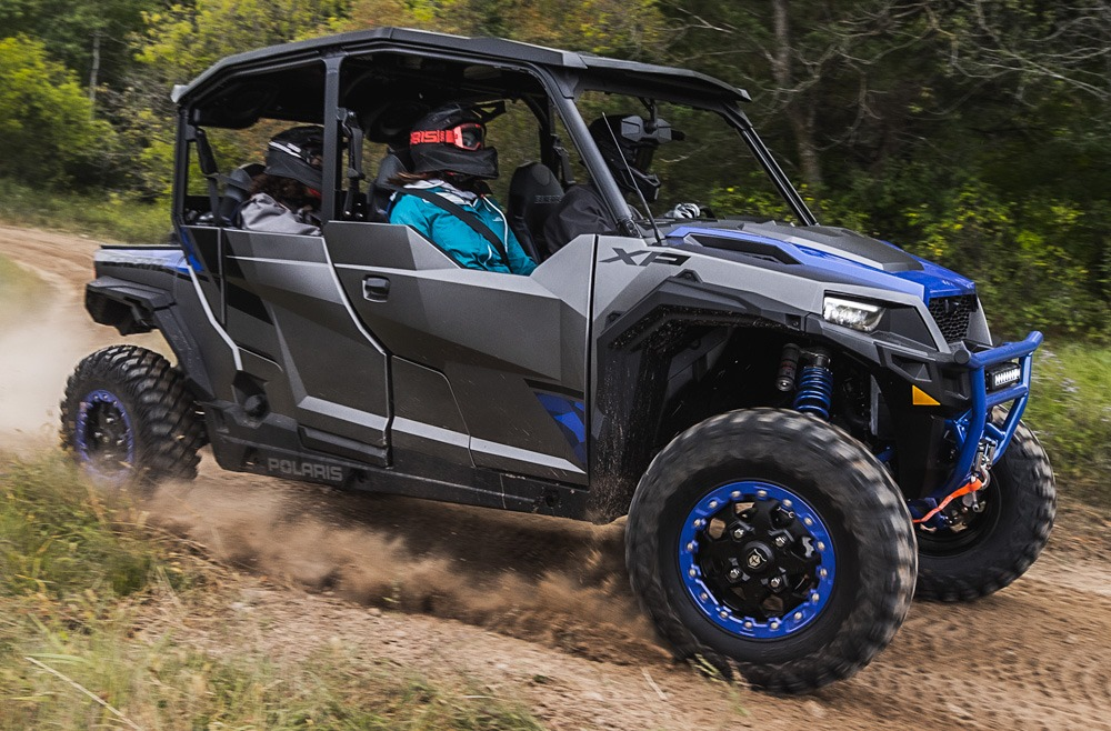 Polaris General XP 4 1000 Factory Custom Edition Action
