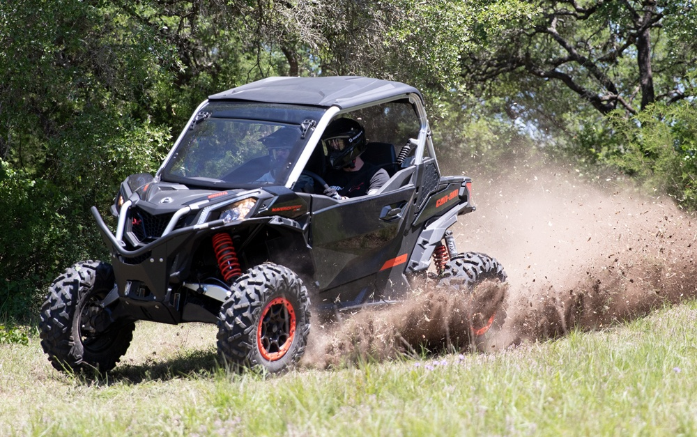 Can-Am Maverick Sport X XC 1000R Side