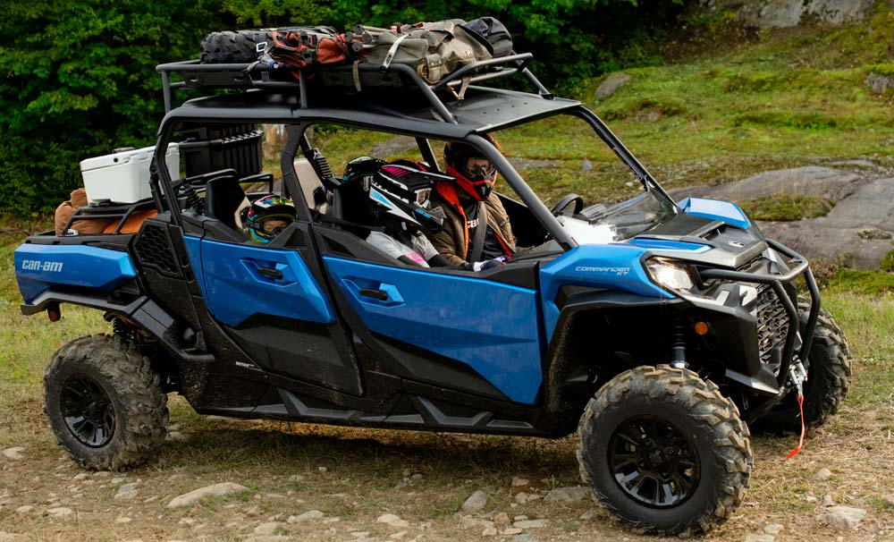 2021 Can-Am Commander MAX XT Action