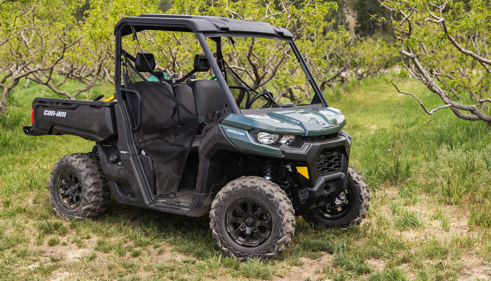 2022 Can-Am Defender HD7