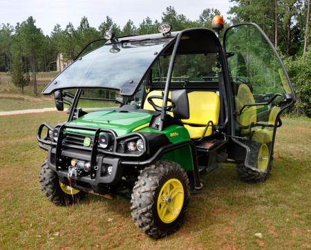 atv pictures atv 2011 john deere gator xuv 02 atv images. Black Bedroom Furniture Sets. Home Design Ideas