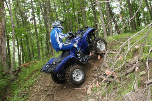 2011 Yamaha Grizzly 700 EPS Action 01
