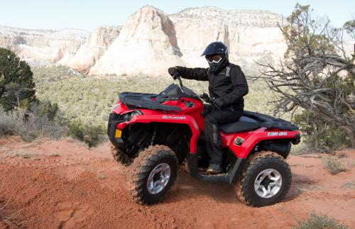 2012 Can-Am Outlander 1000 Action