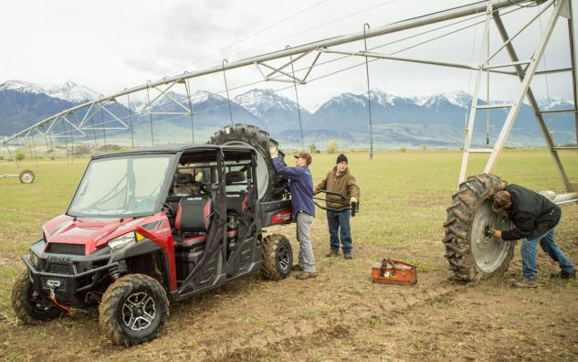 2014 Polaris Ranger Crew 900 Action Payload