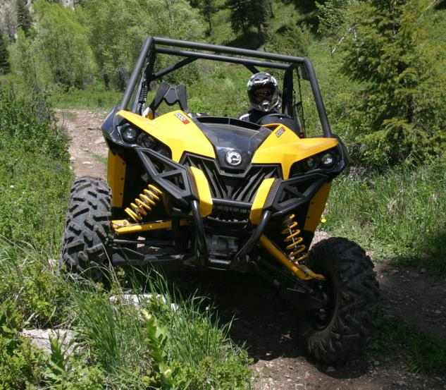 2013 Can-Am Maverick 1000R X rs Action Rock Crawling