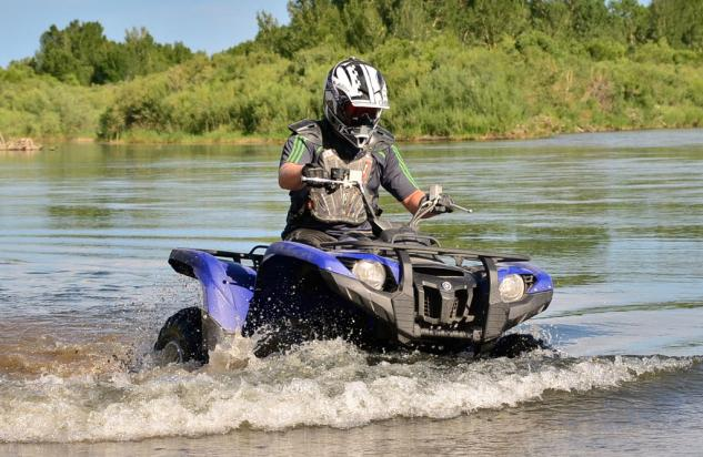 2014 Yamaha Grizzly 700 EPS Action Water