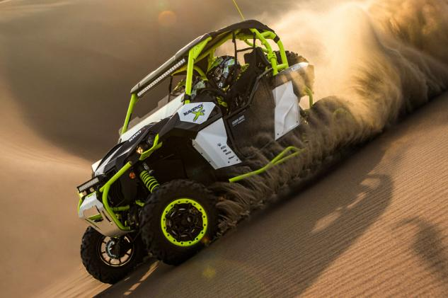 2015 Can-Am Maverick X ds Turbo Action Dunes