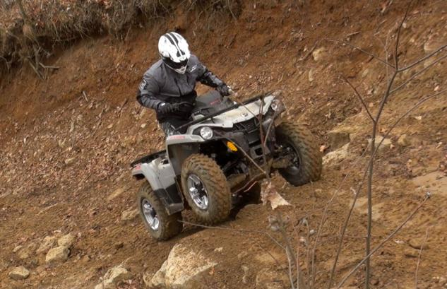 2015 Can-Am Outlander L 500 Action Climbing