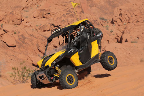 2013 Can-Am Maverick 1000R X rs Landing