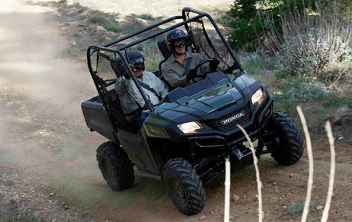 Three color options are available for the Honda Pioneer 700 – red