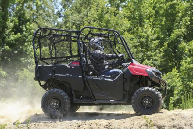 2014 Pioneer 700-4 Action Right