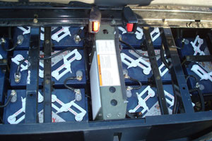 Batteries are positioned near the bottom of the chassis, which noticeably lowers the center of gravity.