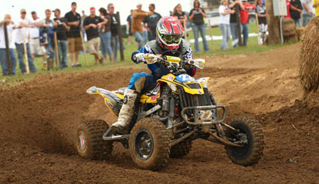 Cody Miller kicks up some roost at the Bluegrass Nationals.