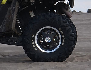 Polaris RZR XP 900 Project Maxxis Bighorn Tires