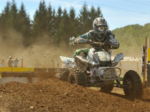 Brian Wolf picked up this fourth XC2 victory of the season and extended his lead in the titlechase.